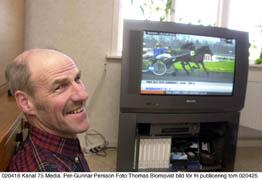 Ser gärna loppen på video. Per-Gunnar har de två loppen från Vincennes inspelade, och ser gärna om dem.Foto: Thomas Blomqvist