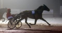 Kennedy segrade i debuten för Lutfi Kolgjini innan tävlingarna avbröts på grund av dimma. Foto av Kanal 75