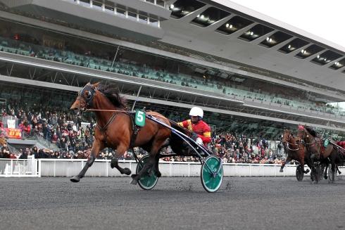 Readly Express tog en överlägsen seger från ledningen i Prix de France. Foto av Jean-Philippe Martini/Scoopdyga